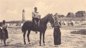 Paardrijden te Noordwijk (bron: Dorine van Hoogstraten)