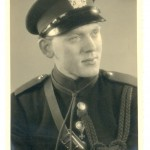 Gert van Weel, bewaker van kluis, uniform Rijksveldwachter (foto Ton van Weel)