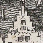 Claes Jansz Visscher Gezicht op Egmond aan Zee, 1615, ets en droge naald, 32,7 bij 57,9 Amsterdam Rijksmuseum inv.nr. RP-P-OB-80.803 detail opschrift Gasthuys